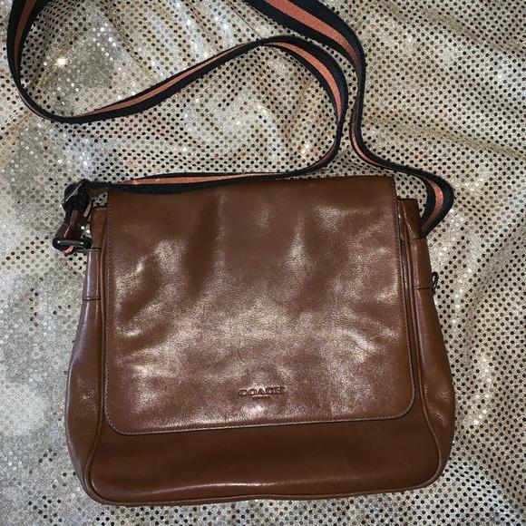 Coach Handbags - ❤️Coach Messenger Bag❤️
